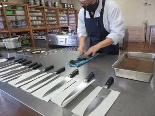 包丁研ぎ_R.jpg